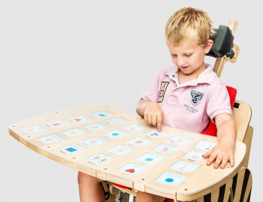 ZBI_407 Tray for nonverbal communication