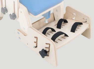 KDO/KDH_616 Footrest with 2 points feet stabilizing belts
