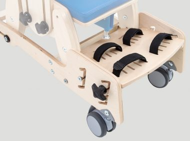 KDO_618 Mobile base with footrest with 2 points feet stabilizing belts